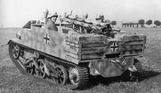 Panzerjäger Bren 731(e), a captured Bren Gun Carrier armed with three panzerschreck and a machine gun, serving as a highly mobile tank hunter.