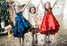 Пожалуй, последний месяц года, можно по праву считать самым волшебным и сказочным! Приближение чего-то чудесного и замечательного с особым трепетом ожидают дети, а мамы спешат дарить им волшебство и применяют настоящую магию, создавая праздничные образы и выбирая подарки, которые на самом деле пере