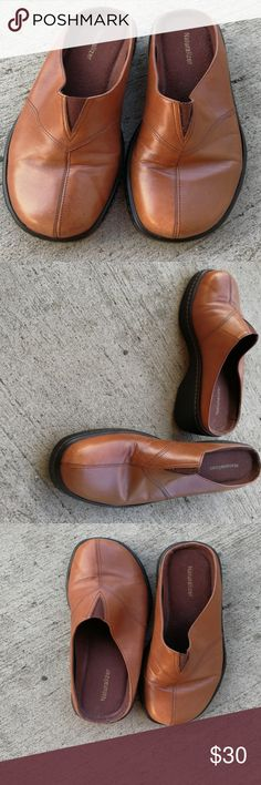 Brown slip-on Naturalizer Brand Brown slip-on lightly worn Naturalizer brand Naturalizer Shoes Flats & Loafers