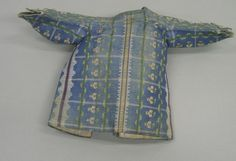 Infant's jacket for a boy, 1770-1800. Blue, green, white and yellow checkered silk with small flowers, white linen lining.