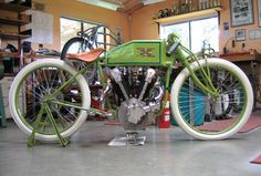 Dedication to a Dream: 1919 Excelsior Boardtracker replica Antique Motorcycles, American Motorcycles, Racing Motorcycles, Excelsior Motorcycle, Motorcycle Bike, Classic Motorcycle, Classic Bikes, Cruiser Bicycle, Motorized Bicycle
