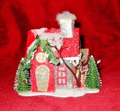 Vintage-Style-Tiny-Lighted-Red-Gray-House-Christmas-Cottage-Putz-Ornament