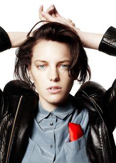 Erika Linder for Pockin Androgynous Women, Androgynous Fashion, Tomboy Fashion, Grunge Fashion, Queer Fashion, Punk Rock Fashion, Hip Hop Fashion, Urban Fashion, Below Her Mouth