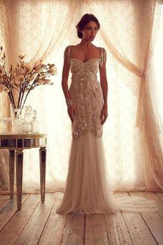 Wow! Preston Bailey, Anna Campbell wedding dress, art deco wedding dress, Gatsby inspired wedding dress,