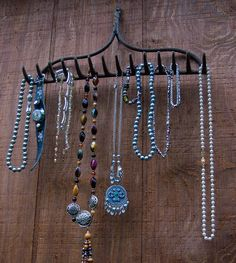 Top 17 Creative DIY Ideas for Jewelry Hangers. beautiful website. Organization with a twist. Design. Ideas.