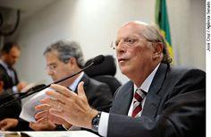 Folha Política: Ex-ministro da Justiça, Miguel Reale Junior pede a renúncia imediata da presidente Dilma