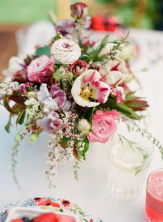 Colorful spring florals: http://www.stylemepretty.com/vault/gallery/12906 Photography: KT Merry - www.ktmerry.com