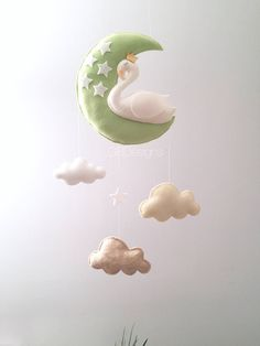 Baby mobile - Baby mobile swan - swan mobile - neutral mobile - moon mobile - clouds mobile by GiseleBlakerDesigns on Etsy https://www.etsy.com/listing/522134453/baby-mobile-baby-mobile-swan-swan-mobile