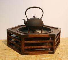 可ナル舎 » Blog Archive » 火鉢の季節。