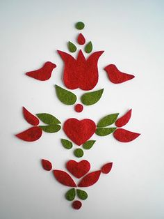 Hungarian Embroidery Patterns felt Hungarian folk art pieces, ready to sew Chain Stitch Embroidery, Learn Embroidery, Embroidery Stitches, Embroidery Patterns, Hand Embroidery, Felt Christmas, Christmas Crafts, Stitch Head, Hungarian Embroidery