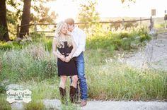 Austin Engagement Photo, Engagement Session Austin, TX, Jennifer Weems Photography, Austin Wedding Photographer, www.jenniferweems.com