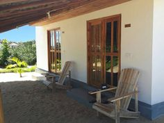 Kadjan Villa- Brand new B&B. Two separate rooms with in-suite bathrooms for rent in Pasarichenai Beach, Arugam Bay, Sri Lanka.