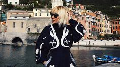 8 Travel Hacks from a Frequent-Flying Fashion Girl Travel Hacks, Travel Tips, Ph, Girl Fashion, Wanderlust, Bomber Jacket, Jackets, Women's Work Fashion, Down Jackets
