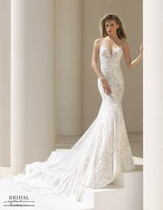 7f31571bd32b The Rosa Clará Couture collection offers innovative high fashion designs  created from the highest quality fabrics. Rosa Clará gowns are the perfect  mix of ...