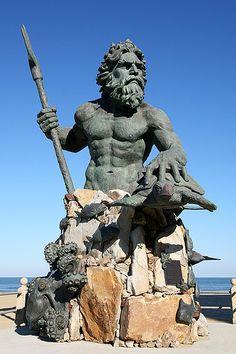 Virginia Beach, I love this statue