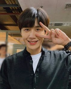 Korean Male Actors, Korean Celebrities, Kim Joong Hyun, K Drama, Kim Sun, Kdrama Actors, Dimples, Boyfriend Material, Korean Drama