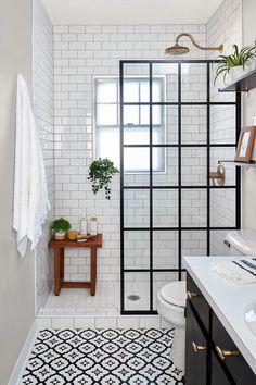Bathroom Design Small, Bathroom Interior Design, Small Bathroom Ideas, Best Bathroom Designs, Bathroom Inspiration, Pink Tub, Tiny Bathrooms, Modern Bathrooms, Modern Vintage Bathroom