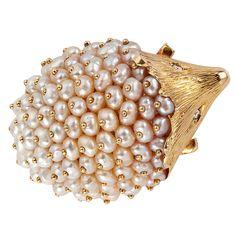 Pearl and Gold Hedgehog Brooch, so darn cute!!