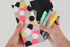 diy pencil case from cereal box, crafts, diy, reupholster Diy Organisation, Organizing Ideas, Diy Pencil Case, Pencil Boxes, Crafts To Make, Easy Crafts, Crafts For Kids, Kids Diy, Preschool Crafts