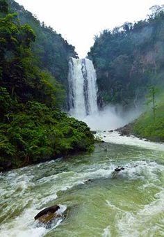 Maria Cristina Waterfall in Mindanao: