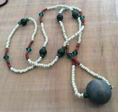 Lange Halskette Green Boho Holzperlen von FKBMartandaccessoire
