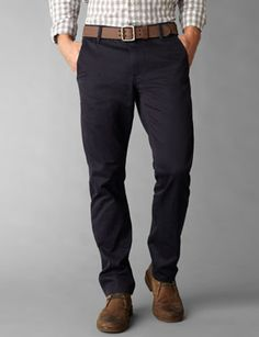 Dockers original khakis are redefining men's clothing. See the new khakis, menswear, and accessories at Dockers. Best Mens Fashion, Look Fashion, Dockers Pants, Casual Wear For Men, My Life Style, Men's Wardrobe, Outfit Combinations, Business Fashion, Stylish Men