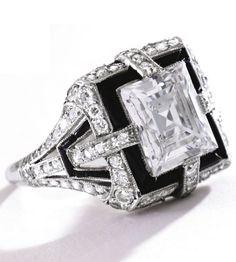 PLATINUM, DIAMOND AND ONYX RING, TIFFANY & CO., CIRCA 1925 - Sotheby's