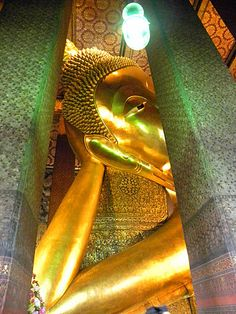 Wat Pho – Temple of the Reclining Buddha - Bankok, Thailand