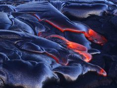 Superb Nature - fakeguacamole: Lava flows in Hawaii Hawaii Volcanoes National Park, Volcano National Park, National Parks, Photo Wallpaper, Nature Wallpaper, Motion Backgrounds, Hawaii Usa, Lava Flow, Garden Images