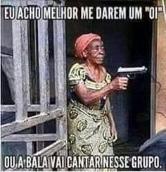 Eu acho melhor me darem um oi, ou a bala. Best Funny Pictures, Funny Images, Black Art Pictures, Snoopy Love, Laugh A Lot, Satire, Sarcasm, I Laughed, Jokes