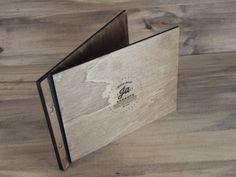 carta de restaurante Ja Zarautz grabada en madera
