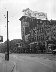 100 block west hastings 1944