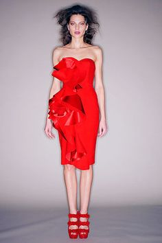 Hot Red Dress By Marchesa: Move over LBD!