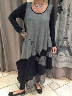 a285b266e1 SILHOUETTE BICOLORE A FLEURS - créations mode pour femme à Cannes