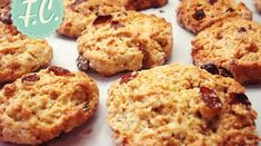 Μπισκότα Βρώμης Snack Recipes, Healthy Recipes, Snacks, Healthy Meals, Biscuit Bar, Cookie Bars, Super Easy, Peanut Butter, Biscuits