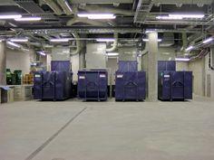 Kuilujärjestelmien edut ovat moninaiset. Kuilun alle voidaan sijoittaa murskaimen, joka pienentää jätekokoa (esim. pahvi) tai tuhoaa kasetteja, levyjä tai asiakirjoja. Jakajajärjestelmä voi myös lajitella jätteet ja mahdollistaa kierrätyksen, ja jätteet päätyvät oikeisiin paikkoihin pois kuljetettavaksi. Helppo lajittelu säästää rahaa ja ympäristöä.