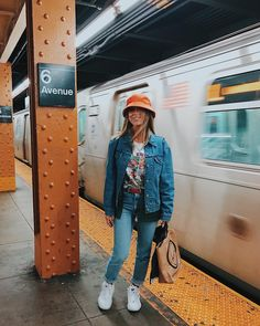 Looks tumblr: 70 looks e ideias para você se vestir de maneira estilosa Collage Vintage, Estilo Swag, Glam Rock, Out Of Style, Ideias Fashion, Going Out, Nyc, Poses, Style Inspiration