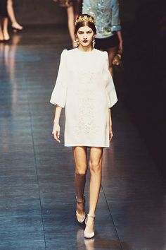 Totally wearable crown, no? DOLCE & GABBANA - READY TO WEAR - FALL WINTER 2013 - MILAN by {this is glamorous}, via Flickr