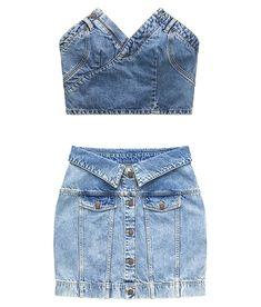 Moschino X H&M Released on Nov 8 L'ensemble en jean jupe et crop top Denim Outfits, Kpop Fashion Outfits, Mode Outfits, Teen Fashion, Fashion Line, Fashion Week, Denim Fashion, Fashion Trends, Diy Summer Clothes