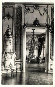 Buda Castle, Royal Palace, Budapest Hungary, Old City, Old Photos, City Photo, Around The Worlds, Black And White, Retro