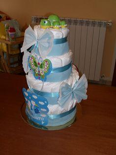 Diaper cake - torta di pannolini a 4 piani