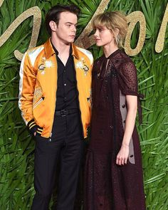 Eat your heart out #StrangerThings fans: Natalia Dyer and Charlie Heaton just made their official red carpet debut as a couple.  Link in bio for more adorable pics from their evening at the Fashion Awards in London. via MARIE CLAIRE MAGAZINE OFFICIAL INSTAGRAM - Celebrity  Fashion  Haute Couture  Advertising  Culture  Beauty  Editorial Photography  Magazine Covers  Supermodels  Runway Models