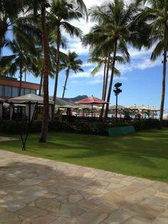 Hawaii Resorts, Sidewalk, Hawaii Hotels, Side Walkway, Walkway, Walkways, Pavement