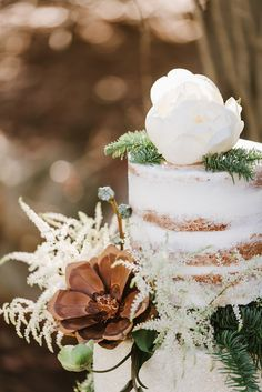 love the pine cone flower!... A Holiday Inspired Vow Renewal