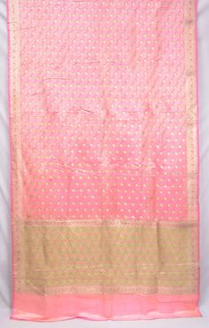 Heavy Pure Silk Zari Paisley Pink Vintage Indian by EtKrafts