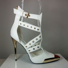 White pointy-toe pump heel with strappy design #cutesyoriginals