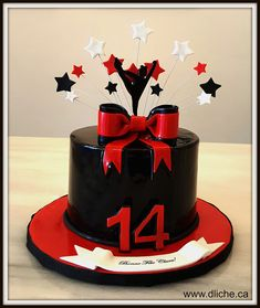 Fall Birthday, 14th Birthday, Birthday Ideas, Birthday Parties, Cheerleading Birthday Cakes, Cheer Cakes, Cheer Party, Themed Cupcakes, Cakes And More
