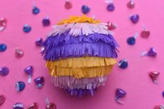 Mini pinata DIY. Make cute mini pinatas for party guests with this easy tutorial!
