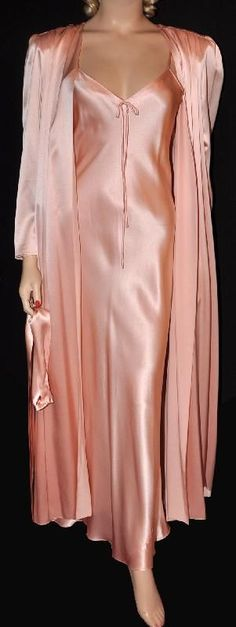 Boudoir:  Irresistible Neiman Marcus 1970s sumptuous silk satin #peignoir and #negligee.