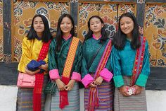 This article gives you an insight into the traditional dress and national custume in Bhutan. Waterford City, Bhutan, Costume Dress, Traditional Dresses, Sari, Colours, Costumes, Google Search, Fashion